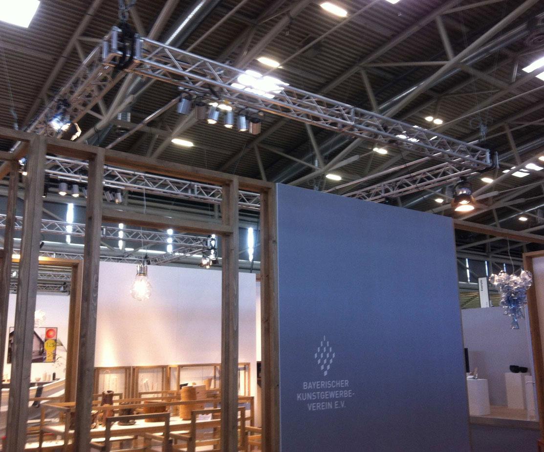 Bayrischer Kunstgewerbeverein Messeinstallation Festinstallation Messewaende Lichttechnik Tontechnik