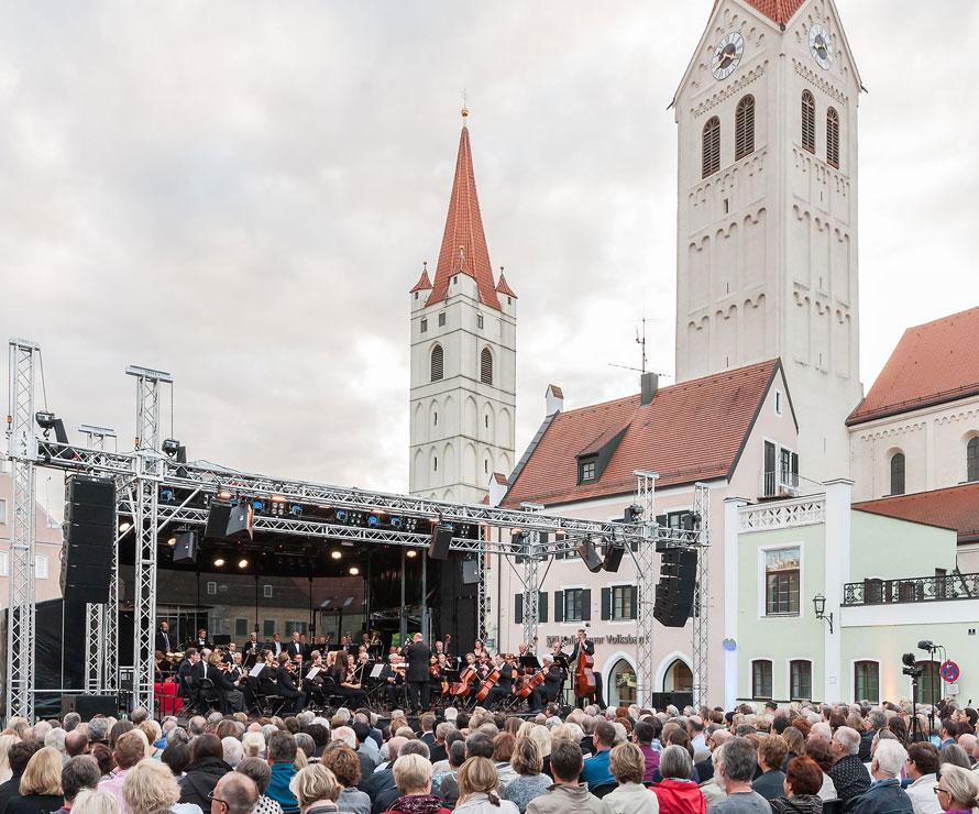 Klassik Konzert Moosburg Sommerfestival Buehne Ton