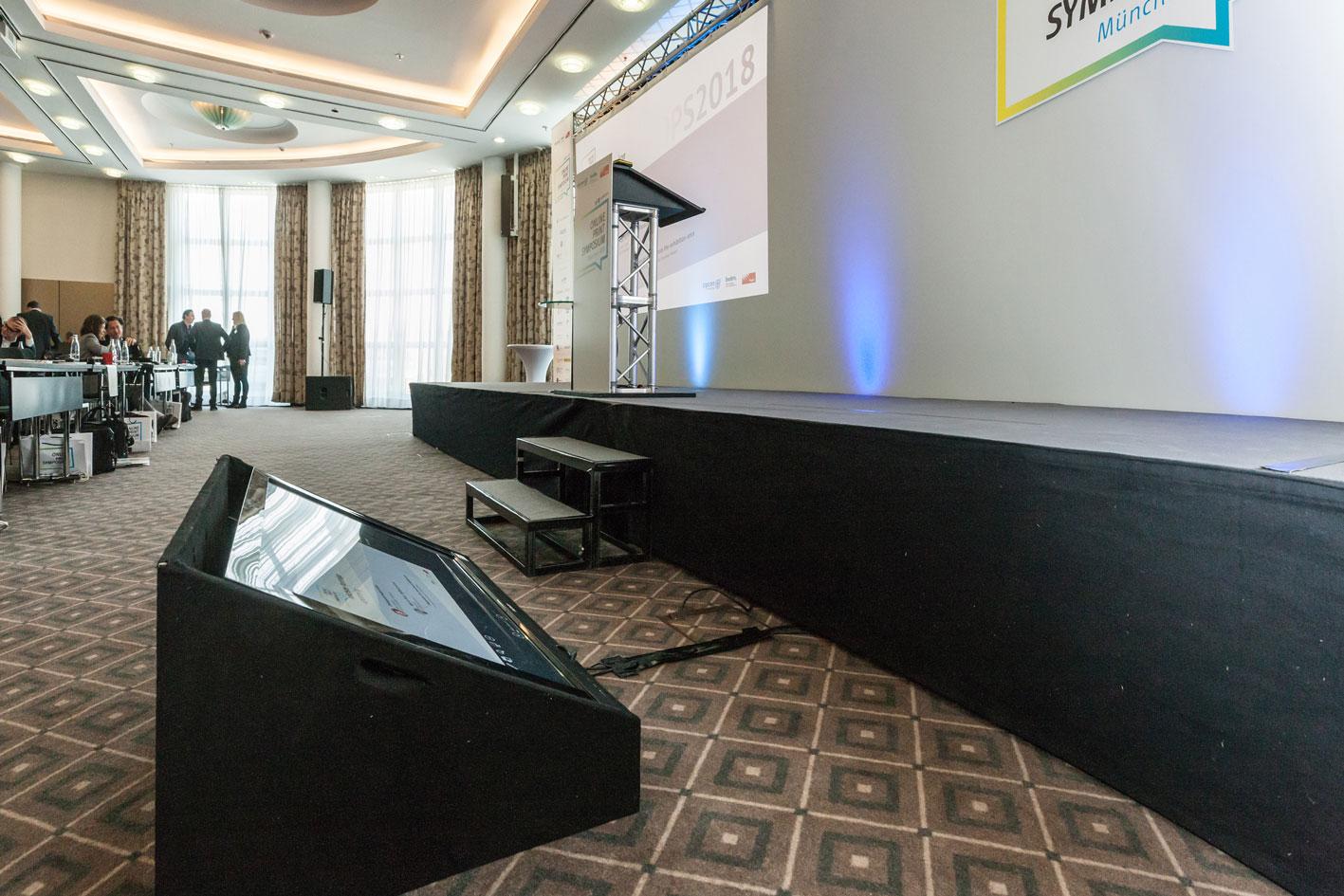 Online Print Symposium Buehnentechnik Live Vortrag Projektor